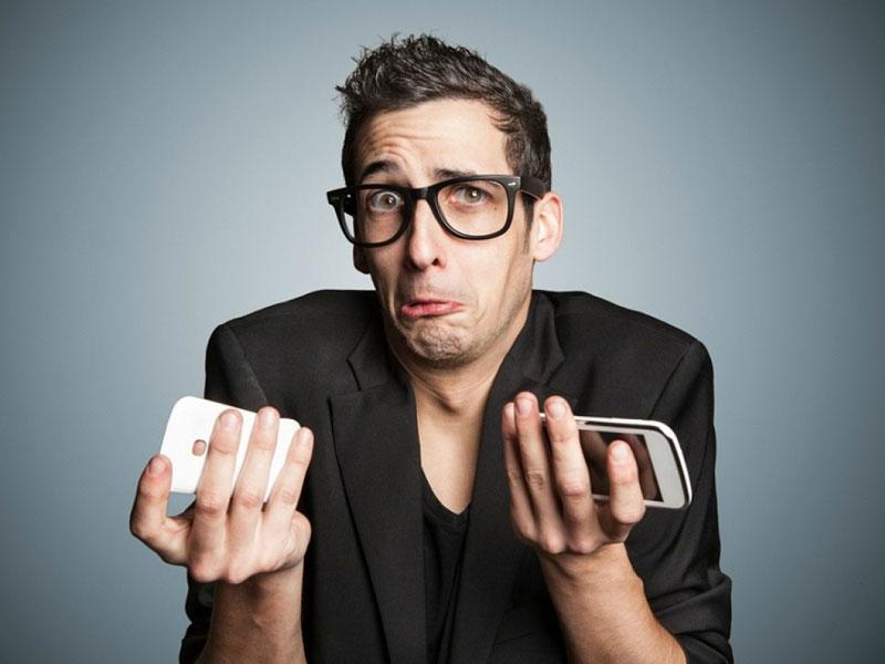 Батареи мобильных устройств делают телефоны, смартфоны, планшеты мобильными